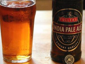 cerveja-american-indian-pale-ales-garrafa-copo