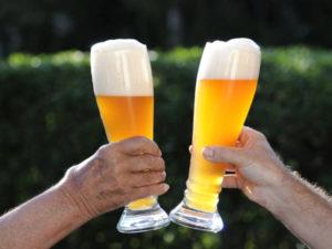 cerveja-weizenbiers-alemã-2-copos